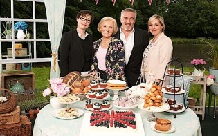 The Great British Bake Off has been renewed for season 5. The first episode aired on 6th August 2014. Credit@twitcelebgossip