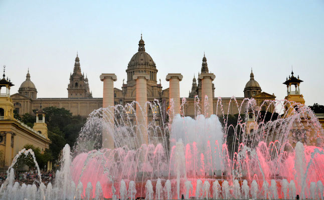 See the 'Magic Fountain' Christmas show at Monjuic - Credit: barcelonabook.com