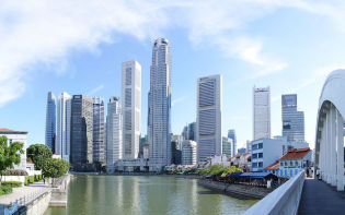 Drawing up this living profile in Singapore and the subsequent incentives resulted in a decrease of peak hour travel of between 7 percent and 13 percent, according to the company. credit@commons.wikimedia.org