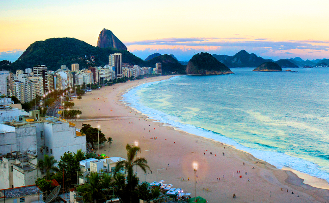 Rio de Janeiro's white sandy beaches are popular amongst tourists. Credit@minhocosviaflickr
