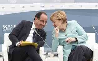 French President Francois Hollande (left) and German Chancellor Angela Merkel (right) seem to be leading the peace attempts. Credit@President of the European Council.