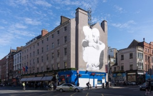 A large mural was installed overnight in support of the 'Yes' campaign at the Dame Street end of South Great George's Street in Dublin. Credit@William Murphy.