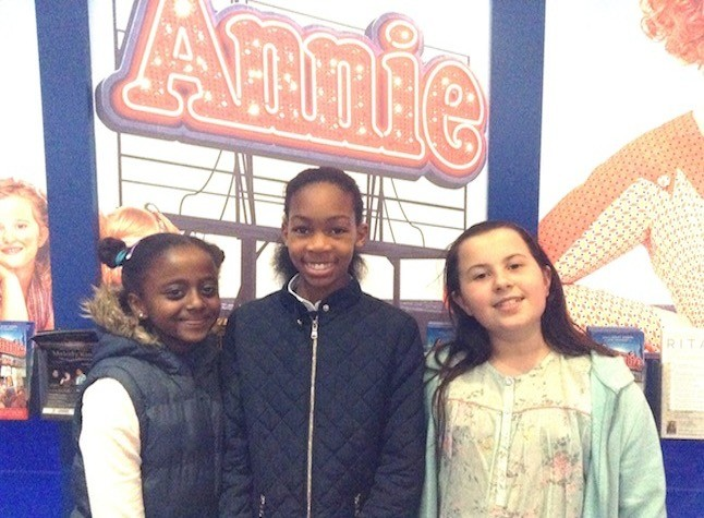My friends and I loved Annie! ( Im Yasmin on the right!)