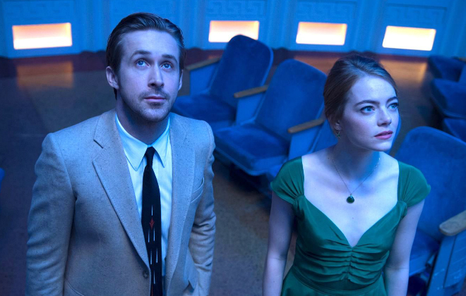 Sebastian (Ryan Gosling) and Mia (Emma Stone) together in La La Land @Dale Robinette & 2016 SUMMIT ENTERTAINMENT, LLC. ALL RIGHTS RESERVED.