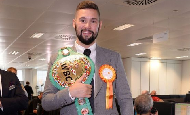 Bellew with his WBC Cruiserweight belt. Credit @pinterest.com.