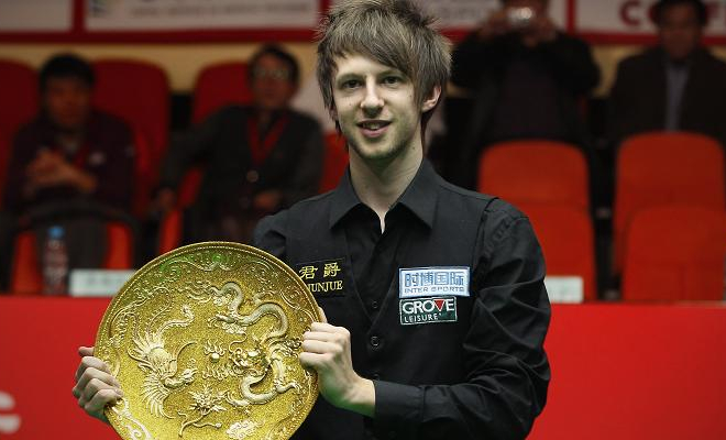 Judd Trump with his maiden ranking title, the China Open, in 2011. Credit @tumblr.com.