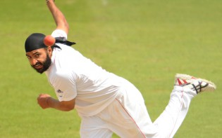 Monty Panesar Cricket - Test Match Series - England vs. South Africa
