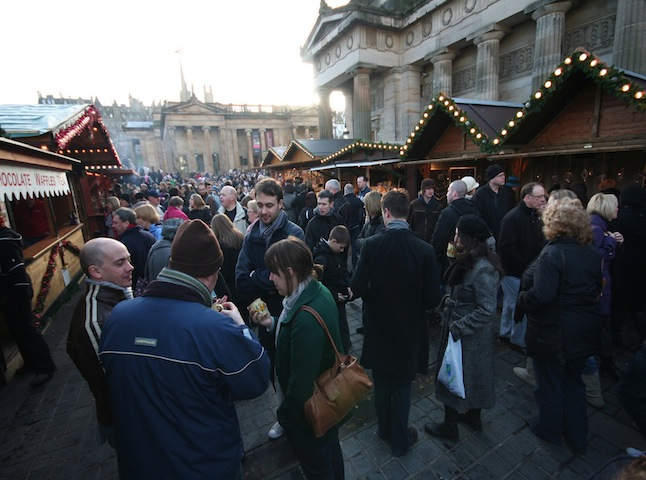 A busy Christmas market in Edinburgh. Credit Ewan McIntosh via Flickr.com