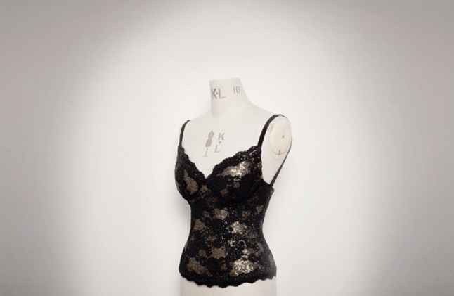Deborah' corset bring an elegant feel to the fashion industry