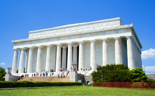 The Lincoln Memorial on the National Mall in Washington, D.C. Credit@wikimedia