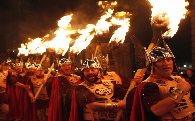 Torch carriers at Hogmanay. Credit@lloydsmith.edinburghshogmanay.com