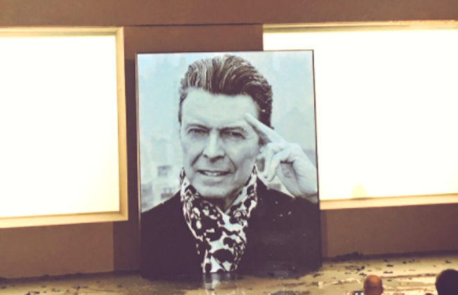 Tribute to David Bowie. Creditjuliemooreviatwitter